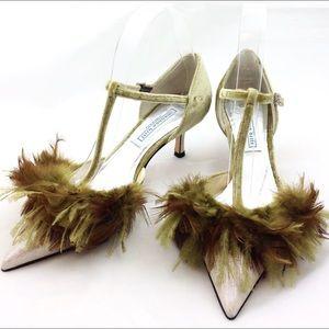 Shannon Britt T Strap Feather Kitten Heels -N511@&